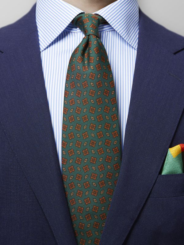 Green Medallion Madder Silk Tie